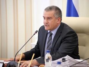 Аксенов планирует увольнять чиновников за ложь в докладах     - «Политика Крыма»