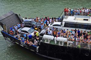Россия: Крымчан просят уступить дороги туристам - «Новости Туризма»