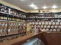 Специалисты Минпрома Крыма проверили легальность нахождения в обороте алкогольной продукции на территории города Евпатория  - «Экономика»