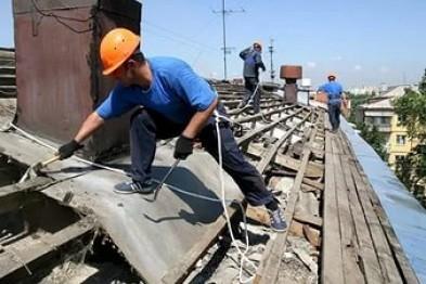 В Севастополе ремонт квартир, подтопленных из-за «раскрытых» крыш, продолжат после праздников  - «Новости Севастополя»