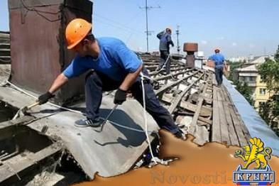 В Севастополе ремонт квартир, подтопленных из-за «раскрытых» крыш, продолжат после праздников  - «Общество»