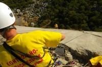 В Крыму троим любителям погулять в горах понадобилась помощь спасателей - «Новости Крыма»