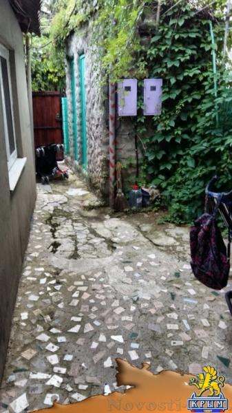 Отдых в Коктебеле. 2 этажный дом 2 комнаты закрытый дворик Отдых в Крыму 2017 - жильё в Крыму без посредников - «Отдых в Коктебеле»