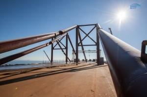 Строители перемещают части автодорожного моста к фарватеру - «Керчь»