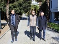 Председатель Госкомрегистра проверил работу госземинспекторов по административному обследованию участков в Приморском парке - «Госкомрегистр»