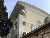 Нарушитель вместо жилого дома незаконно построил 6-этажное здание в Ялте — Александр Спиридонов - «Госкомрегистр»