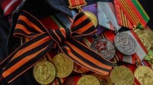 Пожилая женщина-ветеран с подконтрольной Киеву территории получила матпомощь от Донецкой республики - «Общество Крыма»