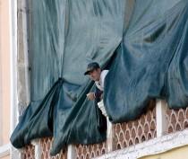 Реставрируют фасад феодосийской галереи Айвазовского со стороны проспекта - «Феодосия»