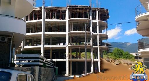 Госземнадзор проверит законность строительства в Ялте многоэтажки вместо частного дома (ФОТО) - «Экономика Крыма»