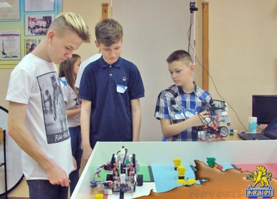 В Малой академии наук соревновались юные робототехники со всего Крыма - «Технологии»