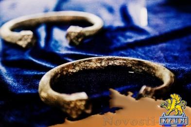 В Симферополе открылась выставка «Достояние Республики. ФСБ России против «черной археологии» (ФОТОФАКТ) - «Симферополь»