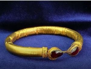 Ценные артефакты     - «Культура Крыма»
