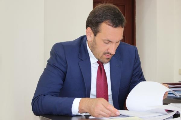 Председатель Госкомрегистра поручил усилить контроль за качеством проведения правовой экспертизы документов при регистрации прав - «Госкомрегистр»