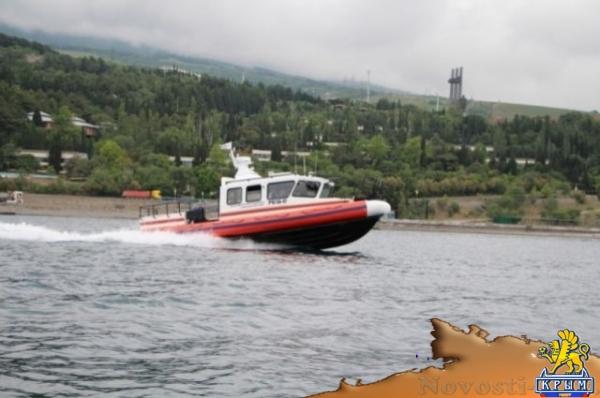 Спасатели за 24 часа вытащили из моря троих отдыхающих в Крыму