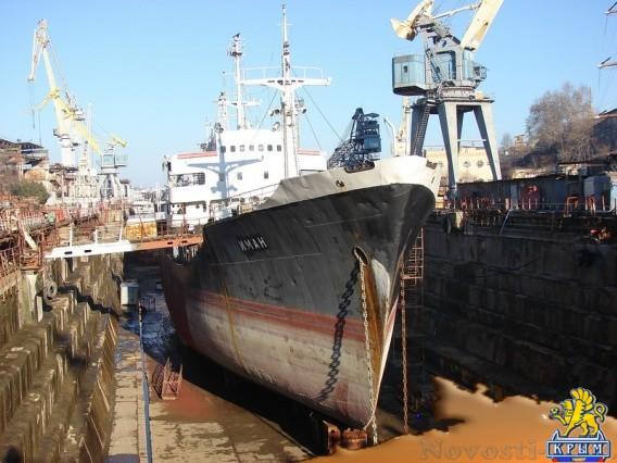 Отремонтируют танкер-ветеран - «Армия и флот»