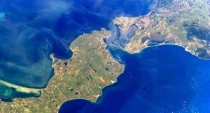 От Порошенко требуют изощренно напакостить в Керченском проливе - «Керчь»