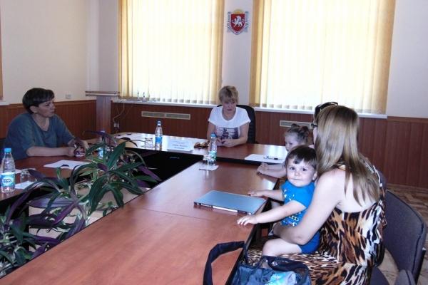 Людмила Лубина с рабочей поездкой посетила Бахчисарайский район - «Правам человека»
