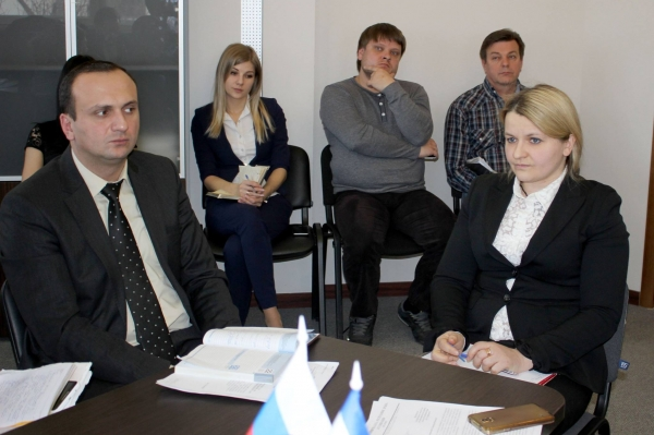 В Госкомрегистре работают над обновлением состава коллегии ведомства - «Госкомрегистр»