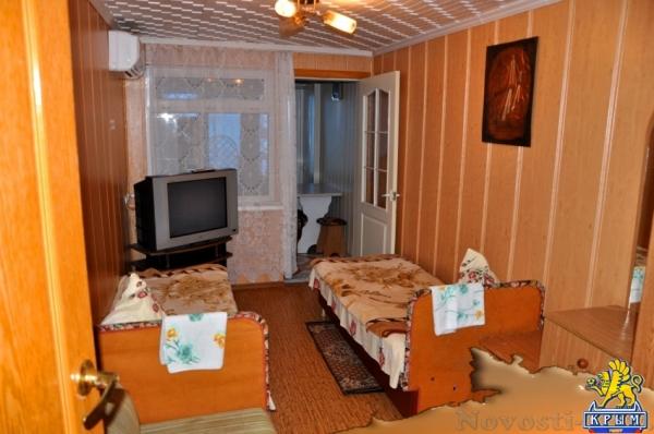 Отдых в Коктебеле. Эллинг, ближе жилья к морю не бывает! Отдых в Крыму 2017 - жильё в Крыму без посредников - «Отдых в Коктебеле»