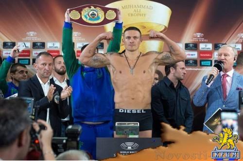 Александр Усик победил немца Марко Хука в 10 раунде - «Спорт»