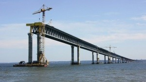 Украина может подорвать мост в Крым после разрыва отношений с Россией - «Керчь»