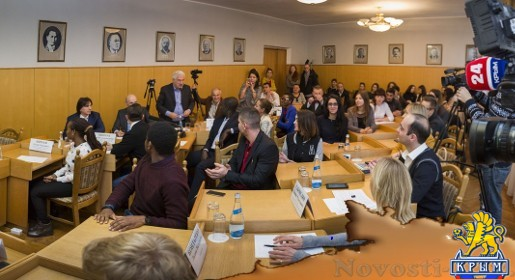 Иностранные журналисты обсудили с руководителем КФУ санкции и зарубежное партнерство - «70 лет Победы»
