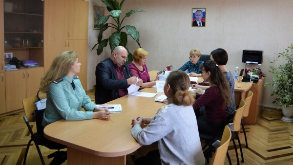 Выездной прием Уполномоченного в администрации г. Алушты - «Правам ребёнка»