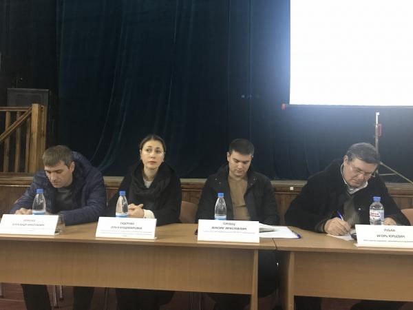 Сотрудники Госкомрегистра проконсультировали жителей Симферопольского района по вопросам учетно-регистрационной сферы - «Госкомрегистр»