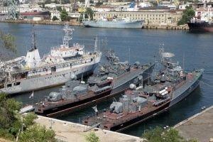 Украина подумает о возвращении кораблей из Крыма  - «Политика»