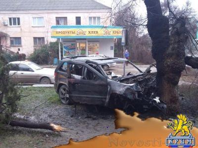 В ночь на 6 января в Феодосии разбился и сгорел автомобиль - «Феодосия»