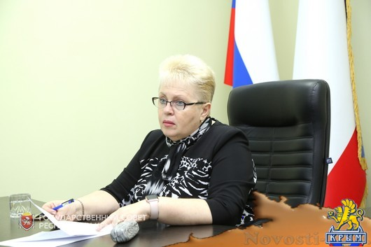Наталья Маленко: Неразрешимых ситуаций нет, есть сложные обстоятельства, преодолеть которые и должен помочь депутат - «Новости Государственного Совета Крыма»