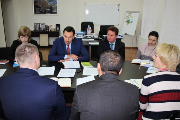 В Госкомрегистре открыто 30 вакансий на различные должности государственной гражданской службы - «Госкомрегистр»
