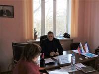 Вадим Белик провел личный прием граждан в Симферопольском районе в поселке Школьное - «Министерство топлива и энергетики»