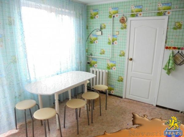 Отдых в Феодосии. Отдельный трехкомнатный дом со своим закрытым двором и гаражом, без хозяев, в Феодосии. Отдых в Крыму 2018 - жильё в Крыму без посредников - «Отдых в Феодосии»
