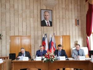 Надёжный форпост в неспокойном море     - «Политика Крыма»
