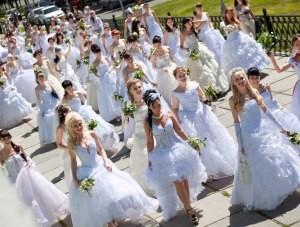 В Керчи пройдёт парад невест     - «Культура Крыма»