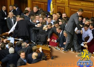 Будут торговаться: эксперт объяснил, почему в Раде вступились за российский Крым - «Политика Крыма»