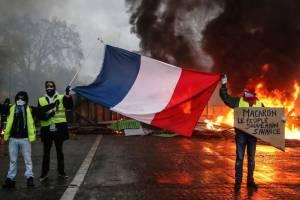 Беспорядки во Франции: чего опасаться туристам - «Новости Туризма»
