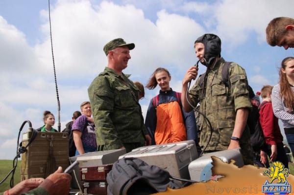 Более 250 школьников ЛНР на учебно-полевых сборах сдавали нормативы по НВП (ФОТО) - «Общество Крыма»