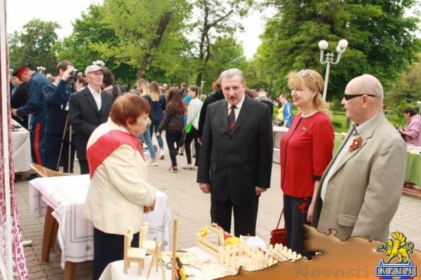 Республиканский фестиваль «Песни, опаленные войной» прошел в Луганске (ФОТО) - «Общество Крыма»