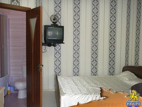 Отдых в Ялте. Коттедж однокомнатный,двухуровневый для 4-х чел.у МОРЯ! Отдых в Крыму 2019 - жильё в Крыму без посредников - «Отдых в Ялте»