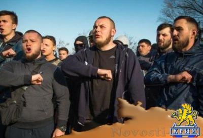 Украинские неонацисты в Одессе устроили самосуд над учителями-«сепарами» - «Происшедствия Крыма»