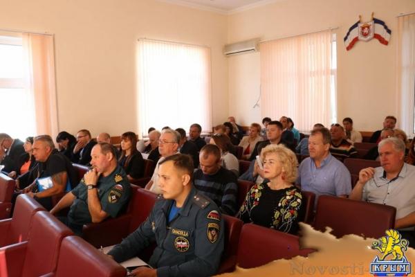 В Феодосии состоялось заседание Комиссии по предупреждению и ликвидации чрезвычайных ситуаций - «Новости Феодосии»