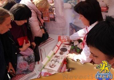 Голодные украинцы смели всё съестное на ярмарке белорусских товаров - «Общество Крыма»