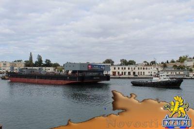 В русском Севастополе снова спускают на воду уникальные плавкраны - «Экономика Крыма»