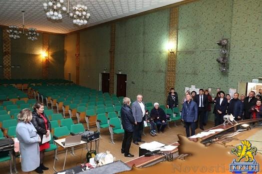 Современные Дома культуры должны быть многофункциональными, — В. Константинов - «Новости Государственного Совета Крыма»