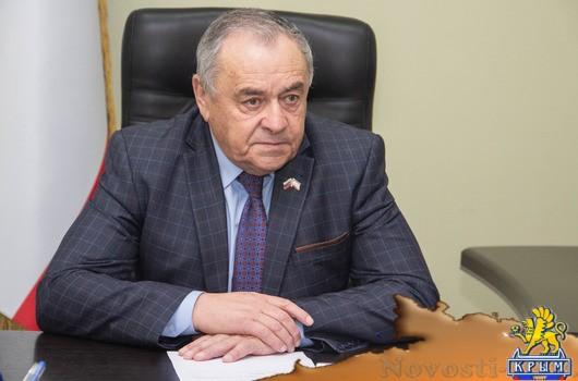 Проблемы крымчан выслушал первый вице-спикер Ефим Фикс - «Новости Государственного Совета Крыма»