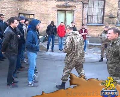 Зеленский хочет пополнить ряды своей армии жителями Донбасса – луганский активист - «Политика Крыма»