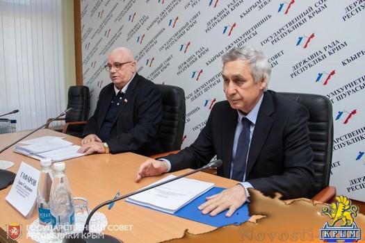 Валерий Аксенов: Лесополосы вдоль трассы «Таврида» необходимо восстановить - «Новости Государственного Совета Крыма»